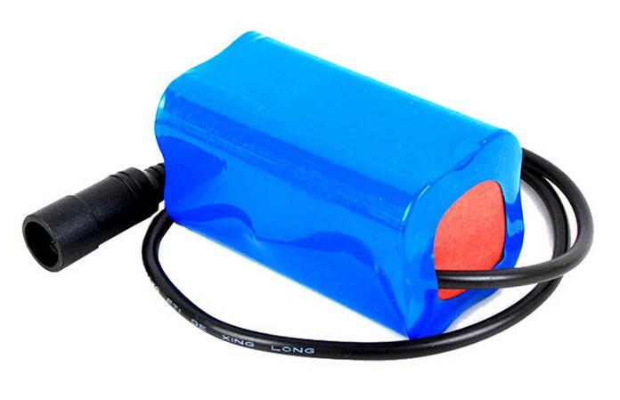 7.4V 4400mAh lithium battery pack
